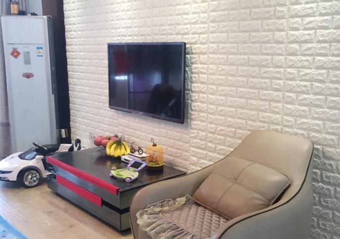 Mẫu xốp dán tường 3d giả gạch màu trắng
