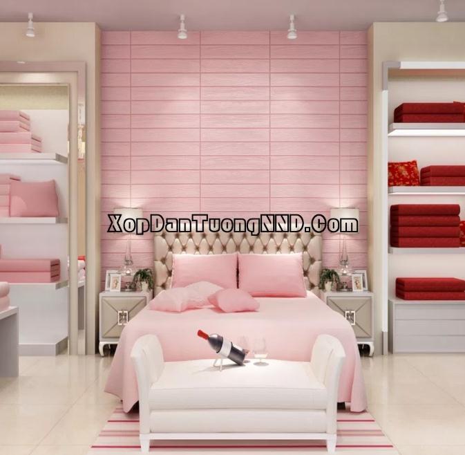 Mẫu xốp dán tường giả gỗ màu hồng cho phòng ngủ