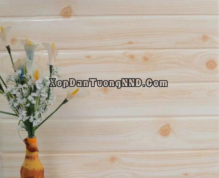 Xốp dán tường giả gỗ màu trắng vàng
