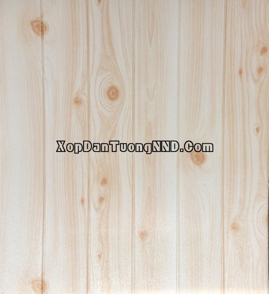 Mẫu xốp dán tường với thiết kế vân gỗ