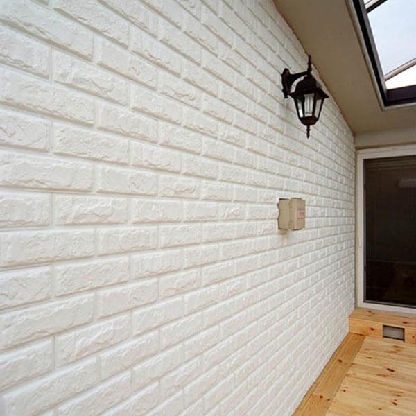Xốp dán tường hình gạch tạo nét cổ điển cho không gian